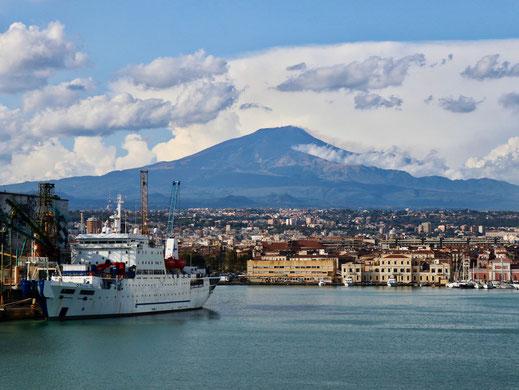 Blick auf den Etna bei Catania/Sizilien
