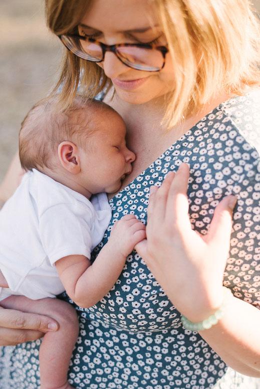 muriel-mees-photographie-photographe-grossesse-naissance-nouveau-né-bébé-enfant-famille-var-studio-photo-lumière-naturelle-Solliès-pont-Toulon-Cuers-La-Crau-La-Farlède-83210