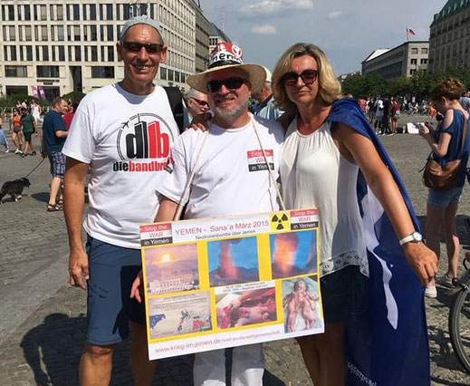 Hiroshima & Nagasaki mahnen - Protestkundgebung 04.08.2018 in Berlin