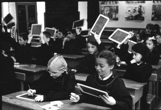 Calcul à l'ardoise dans la classe 1950