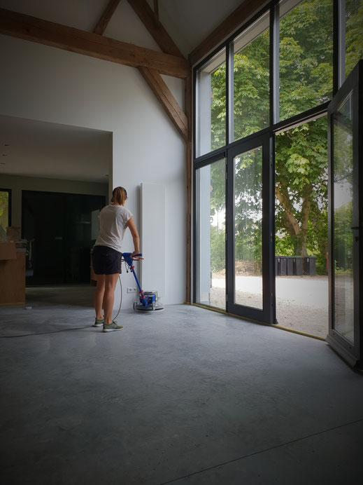 Betonvloer polijsten & reinigen