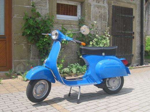 Vespa Primavera 125 blu in original Vespa Farbe, Deutsche Vespa Modelle