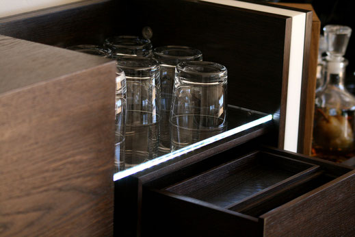 Holz-Schmankerl-Bar-Möbel-Whiskey-Möbel-Hausbar-Detail
