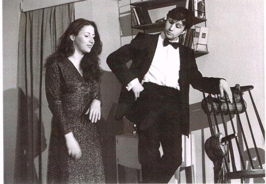 """Bruno als Michael mit Monika Trabauer als Agnes im Theater Experiment am Liechtenwerd, Wien, Szene und Lied """"Nobody's perfect"""""""