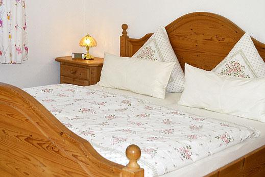 Ferienwohnungen in Oberaudorf im Pechlerhof / Schlafzimmer