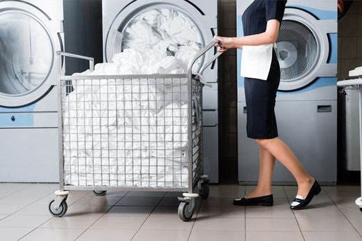 Auch die langlebigste Wäsche hat einmal das Ende ihrer Nutzungsdauer erreicht. Dibella up rettet sie vor der Vernichtung und führt die Rohstoffe erneut dem Kreislauf zu.