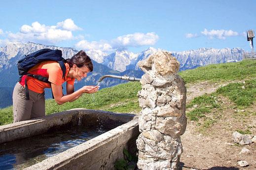 Bergwanderin in den bayerischen Voralpen
