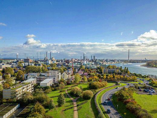 Leverkusen Skyline aus der Luft, Drohnefoto
