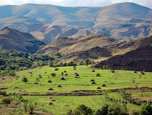 Fantastische Landschaften auf dem Weg nach Achalzicha