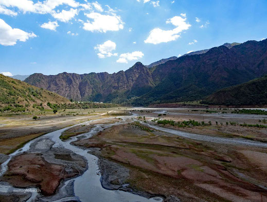 Der Obikhingou Fluss