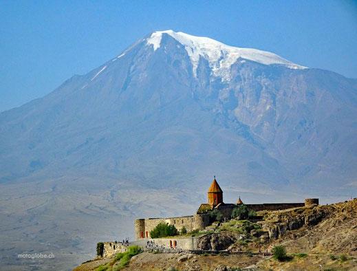 Das Kloster Chor Virap mit dem Berg Ararat
