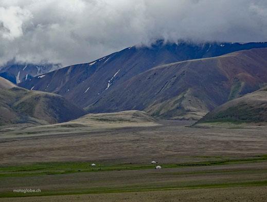 Auch hier oben leben die Nomaden noch in Jurten