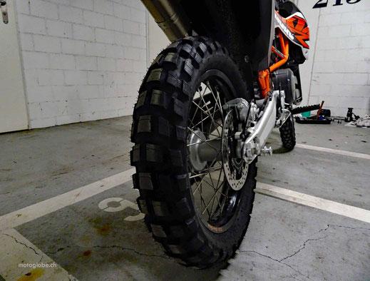 Enduroreifen Michelin Anakee Wild auf Hinterrad einer KTM 690 Enduro