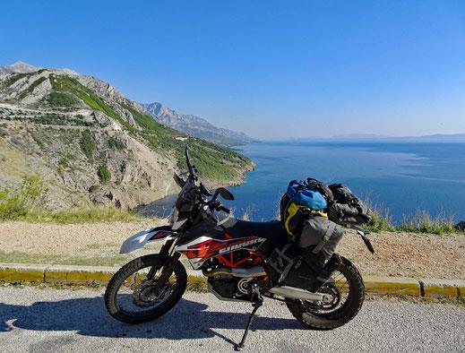 Zwischen Makarska und Omis