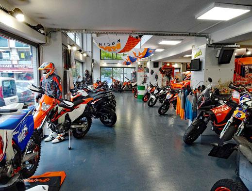 Boxenstopp beim KTM Händler in Istanbul