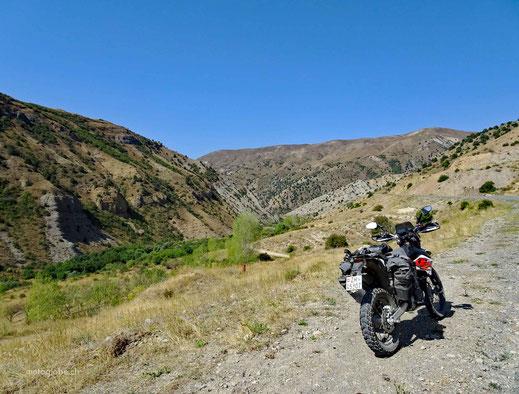 Unterwegs zur Karavanserei Orbelian