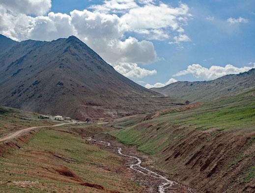 Die Auffahrt zum Kyzyl Art Pass