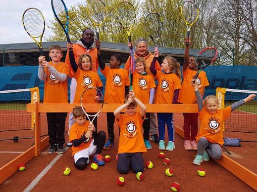 PMTR, Tenniscamps, Camp, Fireballs Tennisakademie ,PMTR, Tennisakademie, Tennisanalage, Tennisplätze, Tennisspielen, Tennislernen, Spielerentwicklung, Trainingsstufen, Tennistraining, Rebound Ace, Kindertennis, Tennis für Jugendliche