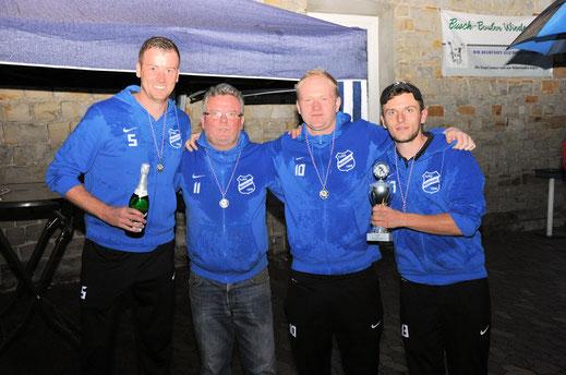 Wiedensahler Vizemeister: TuSG I. Herren (Sebastian, Klaus, Kai, Sven und der auf dem Foto fehlende Phillip)