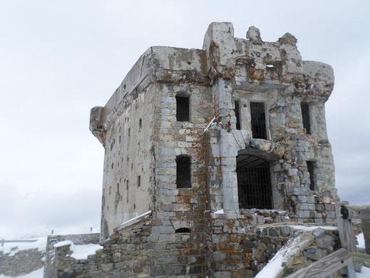 """Le fort du côté """"pierre de taille"""""""