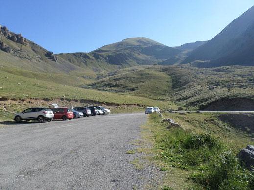 Le parking qui se remplit vite