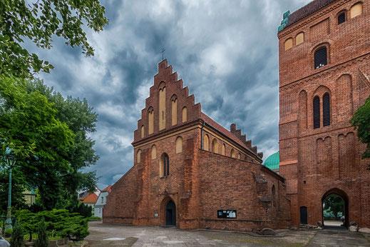 Mariä Empfängnis Kirche in Warschau-Außenansicht