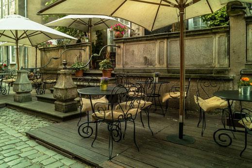 terrassen-restaurant-in-der-frauengasse-danzig