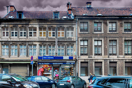 Strasse in Verviers mit Kiosk © Jutta M. Jenning/mjpics.de