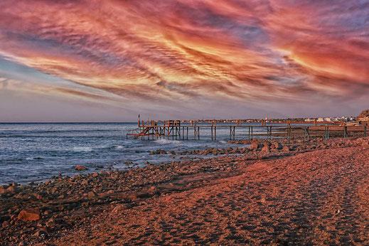 Spaziergang am Meer bei Sonnenaufgang © Jutta M. Jenning ♦ mjpics.de