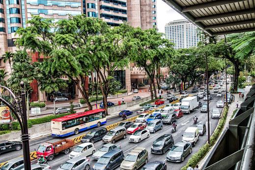 Strassenverkehr in Kuala Lumpur © Jutta M. Jenning