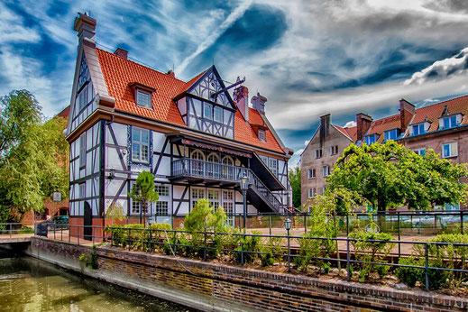 Große Mühle in Danzig-Daneben das Haus des Müllers ♦ © Jutta M.Jenning/mjpics.de