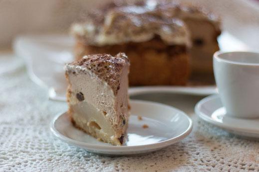 Kleiner Birnen-Schmand-Kuchen
