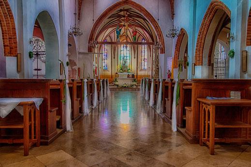 Mariä Empfängnis Kirche in Warschau - Innenansicht