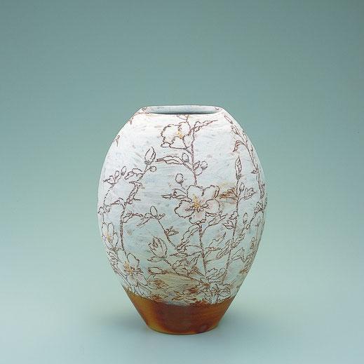 むくげチョーク描文壺 Jar with althea design in chalk drawing 30.5 × 30.5 × 40.0 荒井ゆきえ (c) Yukie Arai
