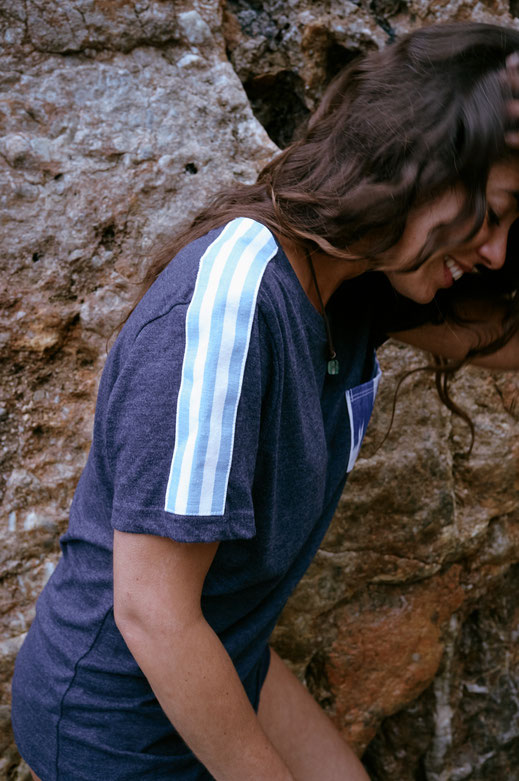 camiseta ikat blau