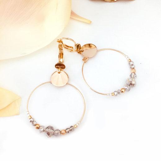 gwapita mini chloé gris clair doré or plaqué boucles d'oreilles earrings