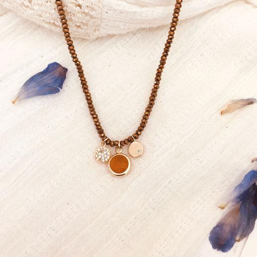 Collier gwapita anneau rond caramel camel perles