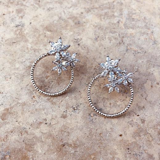 boucles d'oreilles gwapita bijoux longues argent argenté Josephine ronde fleurs