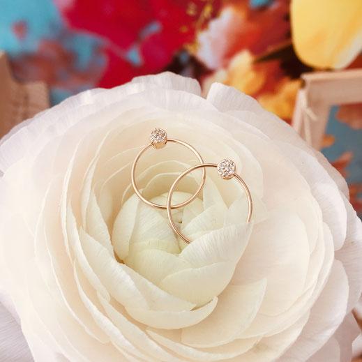 boucles d'oreilles ronde creole gwapita bijoux creatrice femme fin bijoux doré