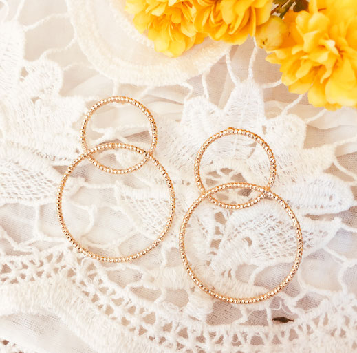 bo boucles d'oreilles gwapita wapita new collection creation bijoux mathilde perle d'eau douce jewels jewelry earrings gold plated plaqué or doré France anneau