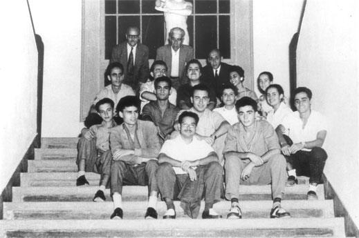 Escuela de Artes y Oficios. Profesores y compañeros de Peraza. Finales de los años 50