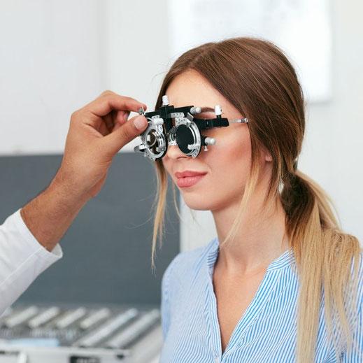 Abgleich der Messgläser bei der Augenglasbestimmung
