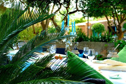 Ausstellung der Kunstwerke von Christina Etschel im Restaurant Jade, Mallorca