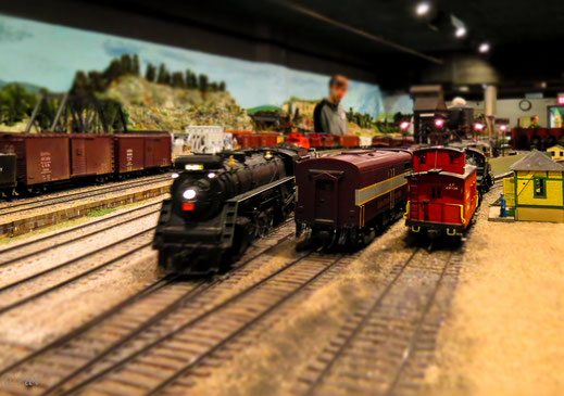 Andy Zav - The Model Railroad Club photos