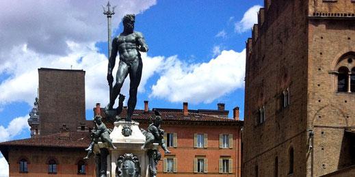 Fontaine de Neptune Bologne-  visite guidée