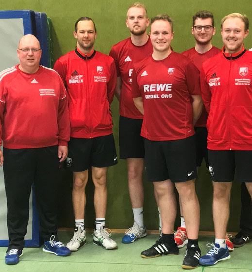 von links: Trainer Heinrich Reingardt, Denny Fink, Nils Wolter, Patrick Reingardt-Schaper, Marvin Sonnemann und Marius Schuchart