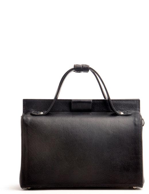Trachtentasche im Online-Shop versandkostenfrei kaufen. Ledertasche Drindltasche Retro OWA Ledermanufaktur