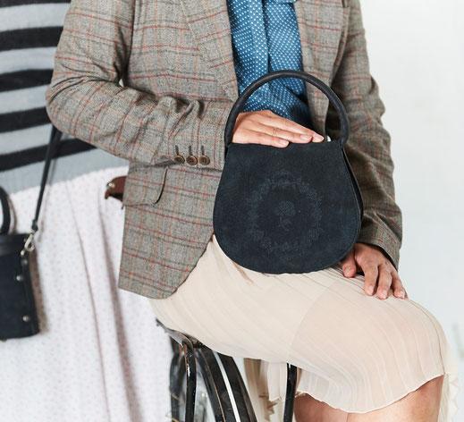 Lookbook 2017, Manufaktur für edle Dirndltaschen Trachtentaschen, Henkeltaschen Ledertaschen, Vintagetaschen Brit Chic OWA Tracht
