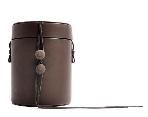 Nostalgische Tasche MARIE Leder schwarz OSTWALD Tradition