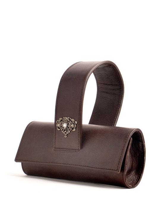 Trachtentasche Dirndltasche Tasche im Vintage-Look  versandkostenfrei im Online-Shop kaufen. Leder hellbraun, OWA Tracht Ledermanufaktur